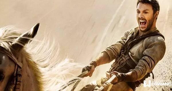 宾虚》 (Ben-Hur) 出品:派拉蒙影业 类型:冒险/剧情/历史 导演:提莫贝克曼贝托夫 主演:杰克休斯顿、托比凯贝尔、摩根弗里曼 北美首映:8月12日 《宾虚》改编自卢华莱士在19世纪创作的同名小说,原著被美国读者认为是19世纪最具影响力的基督教书籍,几次拍成电影都获得成功,其中米高梅制作的1959年版《宾虚》还是影史最成功的电影之一。但近年的历史冒险大片多数遭遇口碑票房皆败,比如雷德利斯科特执导的《法老与众神》与近年上映的《神战:权力之眼》等,最终都是血本无归。 这部重制版《宾虚》由俄罗